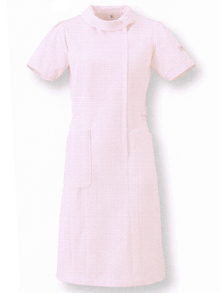デザイン性のアップしたスタイリッシュな白衣1